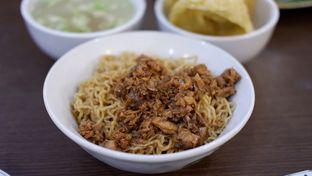 Foto 8 - Makanan(Mie Pangsit Goreng) di RM Akoen oleh Chrisilya Thoeng