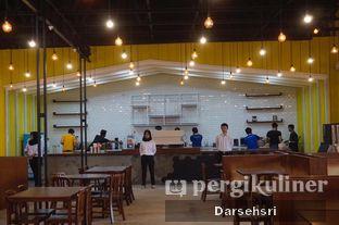 Foto 13 - Interior di Warung Wakaka oleh Darsehsri Handayani