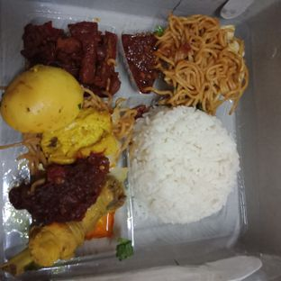 Foto 2 - Makanan di Depot Bu Rudy oleh Fensi Safan