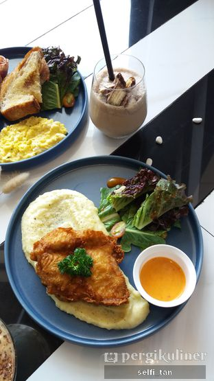 Foto 3 - Makanan di Stribe Kitchen & Coffee oleh Selfi Tan