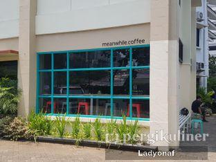 Foto 4 - Eksterior di Meanwhile Coffee oleh Ladyonaf @placetogoandeat