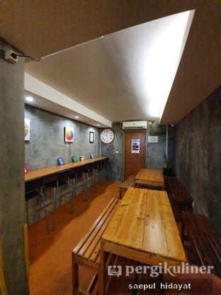 Foto 7 - Interior di 9 Cups Coffee oleh Saepul Hidayat