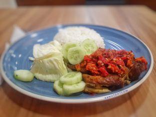 Foto - Makanan(Nasi Ayam Geprek Madu) di Coffeelogue oleh Stefanus Mutsu