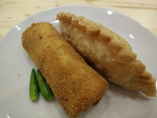 Foto 1 - Makanan di Wellina Rissoles oleh thomas muliawan
