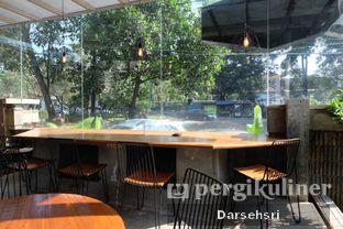 Foto 10 - Interior di Monsoon Cafe oleh Darsehsri Handayani