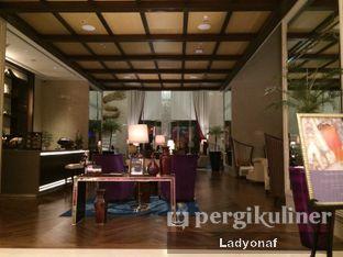 Foto 27 - Interior di The Writers Bar - Raffles Jakarta Hotel oleh Ladyonaf @placetogoandeat