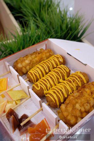 Foto 1 - Makanan di Reddog oleh Darsehsri Handayani