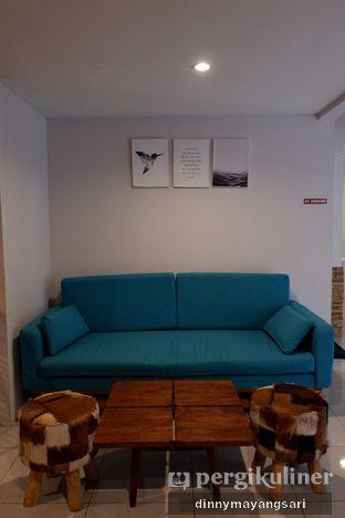 Foto 6 - Interior di Hidden Haus Coffee & Tea oleh dinny mayangsari