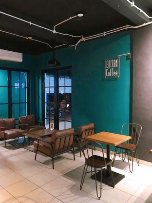 Foto 12 - Interior di Edisan Coffee oleh yudistira ishak abrar