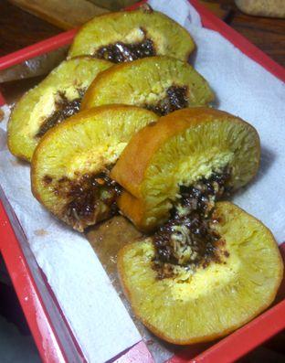 Foto 2 - Makanan(MARTABAK KEJU COKLAT ROLL (IDR 42k) ) di Martabak Bangka Akim oleh Renodaneswara @caesarinodswr