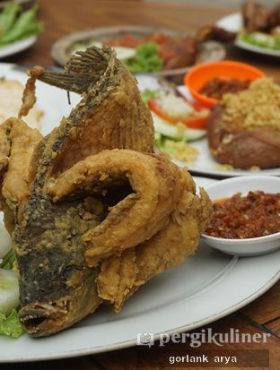 Foto 2 - Makanan di Bebek Omahan oleh Kang Jamal