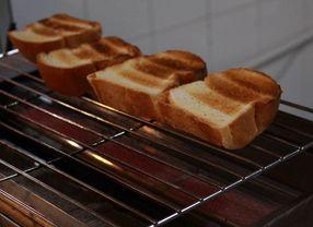 5 Olahan Roti Kadaluarsa yang Bisa Diterapkan di Rumah