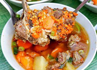 7 Tempat Makan dekat Museum MACAN