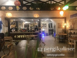Foto 5 - Interior di Kona Koffie & Eatery oleh Hungry Mommy