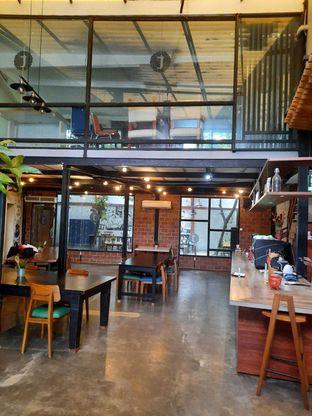 Foto 3 - Interior di Terroir Coffee & Eat oleh Geraldi Edward