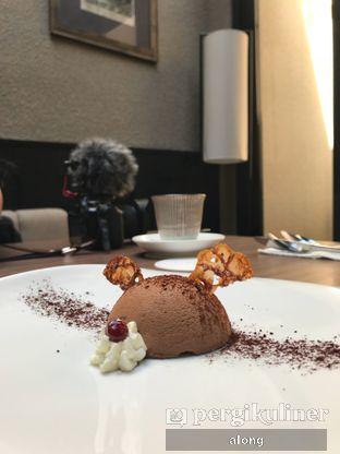 Foto 2 - Makanan(CHOCOLATE DOME) di Confit oleh #alongnyampah