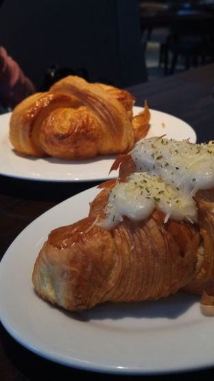 Foto 1 - Makanan di Buttercup Signature Boulangerie - Hotel Four Points by Sheraton oleh Chris Chan