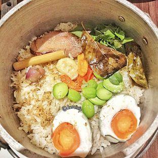Foto 1 - Makanan(nasi liwet) di Mama(m) oleh duocicip