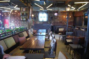 Foto 9 - Interior di H Gourmet & Vibes oleh ngunyah berdua