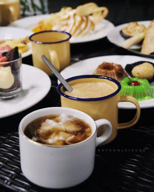 Foto review IR Resto - Gumilang Regency Hotel oleh Vina | Eat and Leisure 4