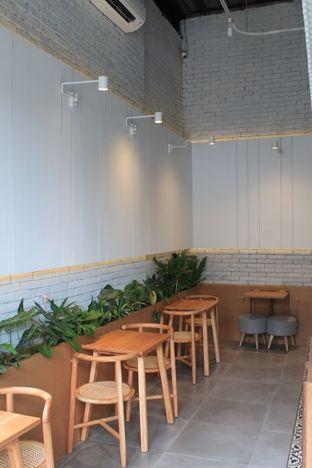 Foto 11 - Interior di Bukan Ruang oleh Prido ZH
