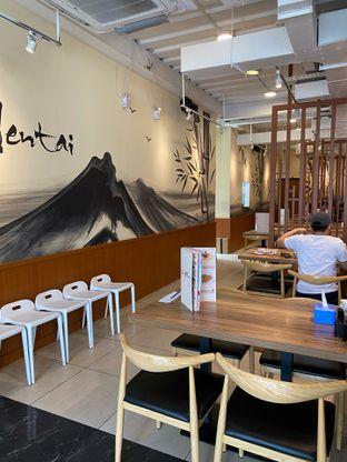 Foto 16 - Interior di Sushi Mentai oleh Jeljel