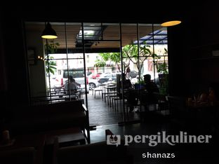 Foto 7 - Interior di Scandinavian Coffee Shop oleh Shanaz  Safira