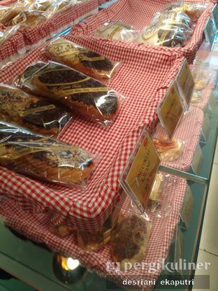 Foto 3 - Makanan di D' Cika Cake & Bakery oleh Desriani Ekaputri (@rian_ry)