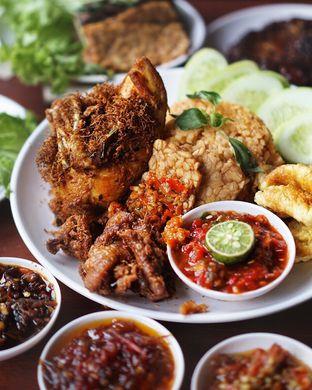 Foto 1 - Makanan di Sambal Khas Karmila oleh @Sibungbung