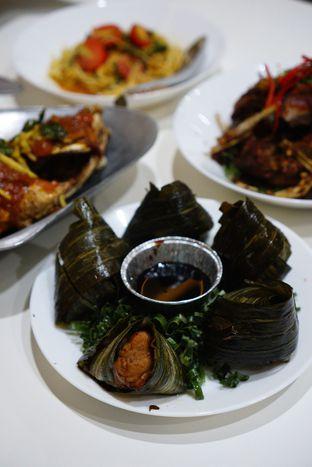 Foto 5 - Makanan(Chicken Pandanus) di Aroi Phochana oleh Kevin Leonardi @makancengli