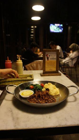 Foto Makanan di Miss Bee Providore