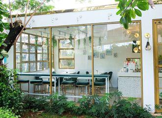 6 Tempat Makan di Jakarta dengan Suasana yang Bikin Betah