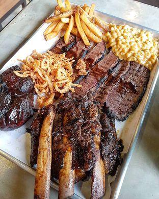 Foto 2 - Makanan di Holy Smokes oleh Olivia