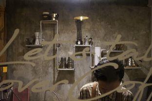 Foto 10 - Interior di Mokapot Coffee Talk oleh yudistira ishak abrar