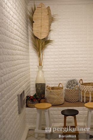 Foto 5 - Interior di Mala Coffee oleh Darsehsri Handayani