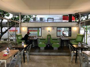 Foto 17 - Interior di Loko Cafe oleh yudistira ishak abrar