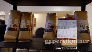 Foto 6 - Interior di Anomali Coffee oleh Mich Love Eat