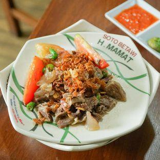 Foto 2 - Makanan(Soto oseng daging) di Soto Betawi H. Mamat oleh Rifqi Tan @foodtotan