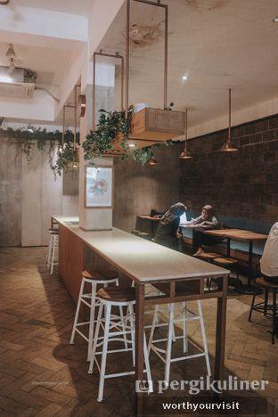 Foto 1 - Interior di Doma Dona Coffee oleh Kintan & Revy @worthyourvisit