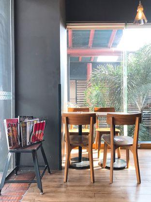 Foto 12 - Interior di Maxx Coffee oleh yudistira ishak abrar