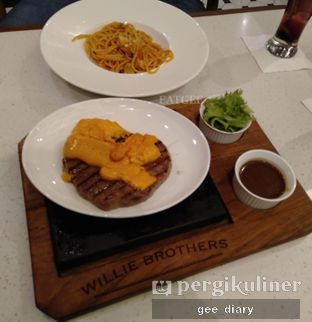 Foto 2 - Makanan di Willie Brothers Steak and Cheese oleh Genina @geeatdiary