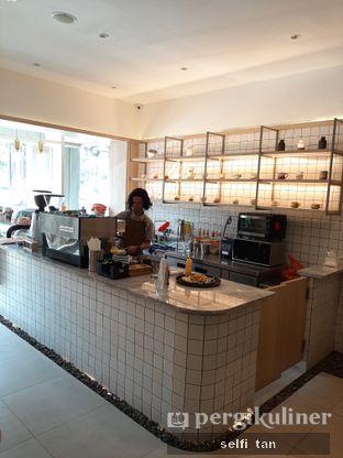Foto 5 - Interior di Coffeeright oleh Selfi Tan