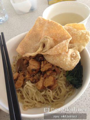 Foto 1 - Makanan di Bakmi GM oleh a bogus foodie