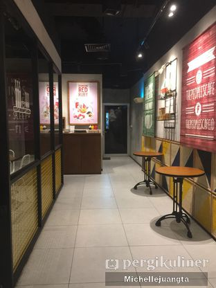 Foto 8 - Interior(Lorong ruang VIP) di The People's Cafe oleh Michelle Juangta