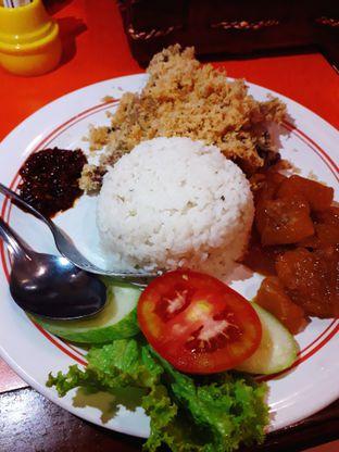Foto review Ayam Goreng Mbok Berek Ny. Umi oleh Jacklyn  || IG: @antihungryclub 3