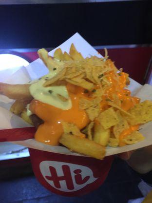 Foto 2 - Makanan di Hi Fries oleh stphntiya