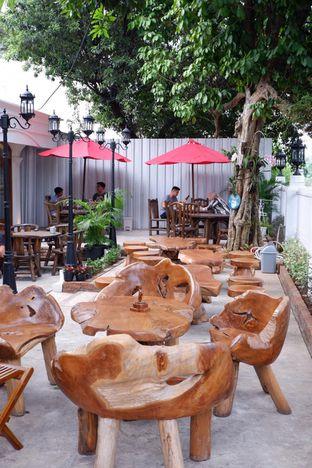 Foto 12 - Eksterior di Louis Coffee oleh yudistira ishak abrar