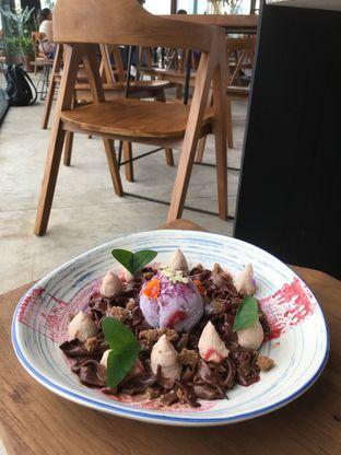 Foto 33 - Makanan di Egg Hotel oleh Prido ZH
