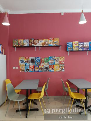 Foto 4 - Interior di Cereal Box oleh Selfi Tan