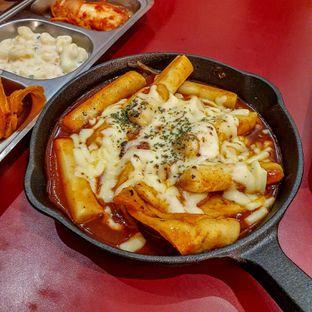 Foto 1 - Makanan(Mozarella Tteobokki) di Ojju oleh Adhy Musaad